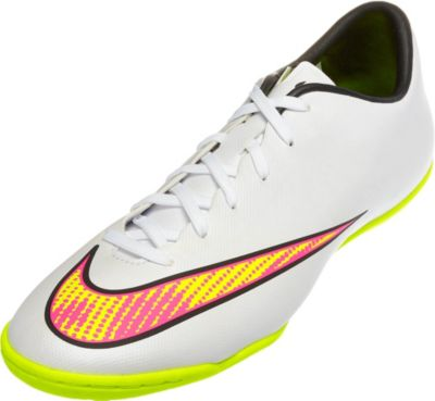 Nike Mercurial Victory V IC - White Mercurial Victory Soccer Shoes