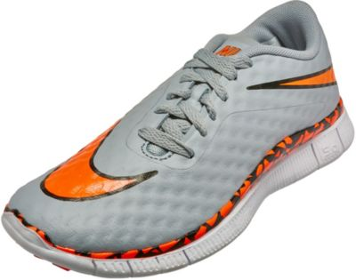 newest e30f4 1f229 Nike Hypervenom Free Soccer Shoes for Kids