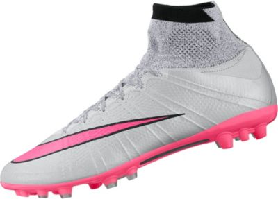 3de12486430a Nike MagistaX Proximo Mens Indoor Court Soccer Shoe