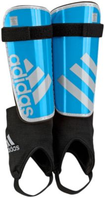 how to choose a shin guard for kids soccer